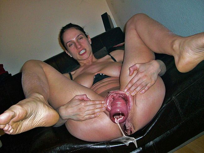 girl drinks other girls squirt